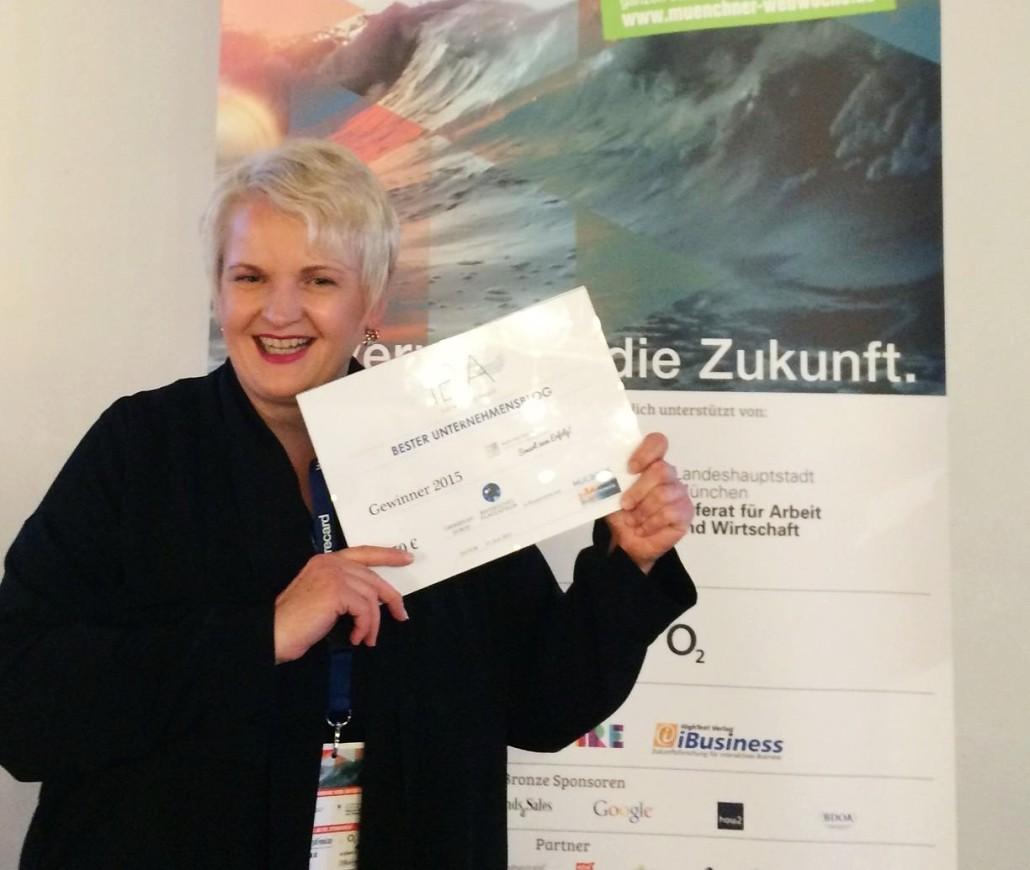 Martina Fuchs - Gewinnerin Isarnetz Blog Award - Bester Unternehmensblog